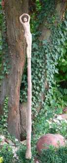 Tänzerin auf Magnolienstab! Tänzerin selbst ist 42cm hoch!
